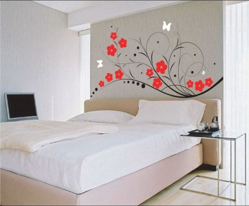 Decorate Your Bedroom With Lots Of Eye Catching Stuff And No One Will Even Notice That There S Less Room Not Even A Professional Interior Designer