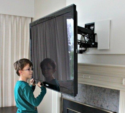 How To Install A Flat Panel TV HomeTriangle