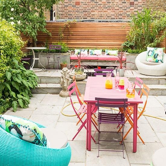 Small Garden Space Hometriangle, How To Make Small Garden Furniture