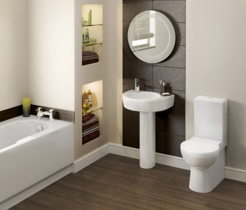 A Small Bathroom That Looks Spacious Image